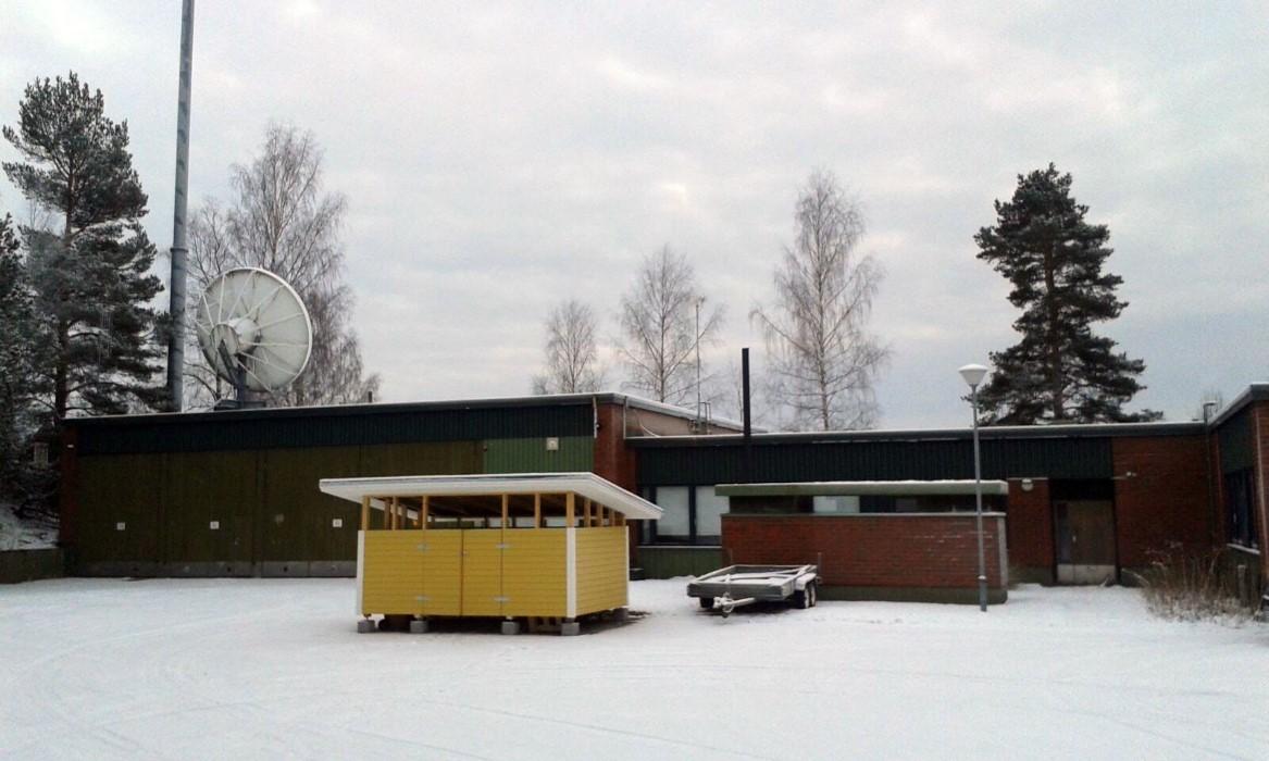 Lämpöverkkoremontti - Saarijärvi Teletalo ulkoa, lämpöverkkoremontti
