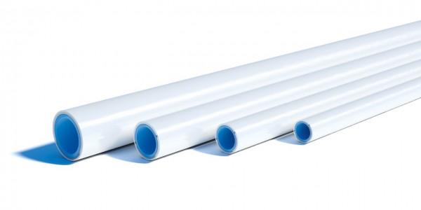 Uponor valkoinen komposiittiputki. Halkaisijat vasemmalta oikealle: 32 mm, 25 mm, 20 mm, 16 mm
