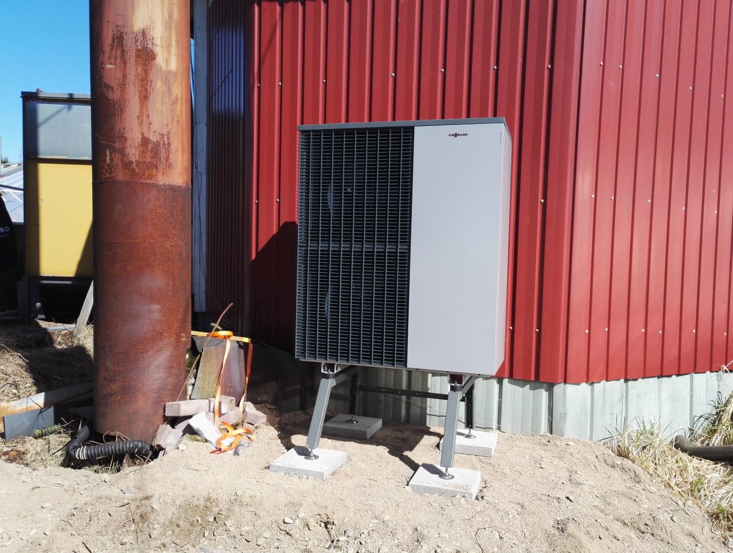 Viessmann Vitocal 200-S 13 kW ilma-vesilämpöpumppu asennettuna, Saarijärvi - Keski-Suomi